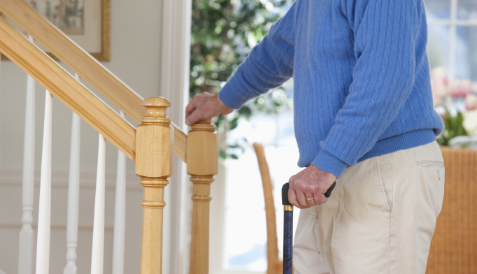 Dementia Med Lowers Risk of Falls in Parkinson's Patients