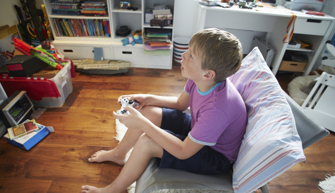 Electronics in Bedroom Mean Less Sleep for Children