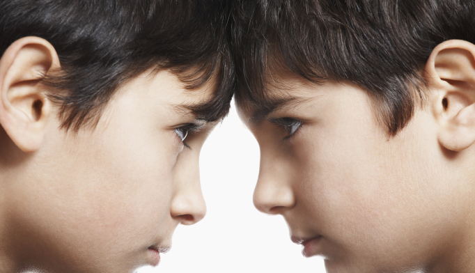 Quality of Sibling Relationships Impacts Depression, Risky Behaviors