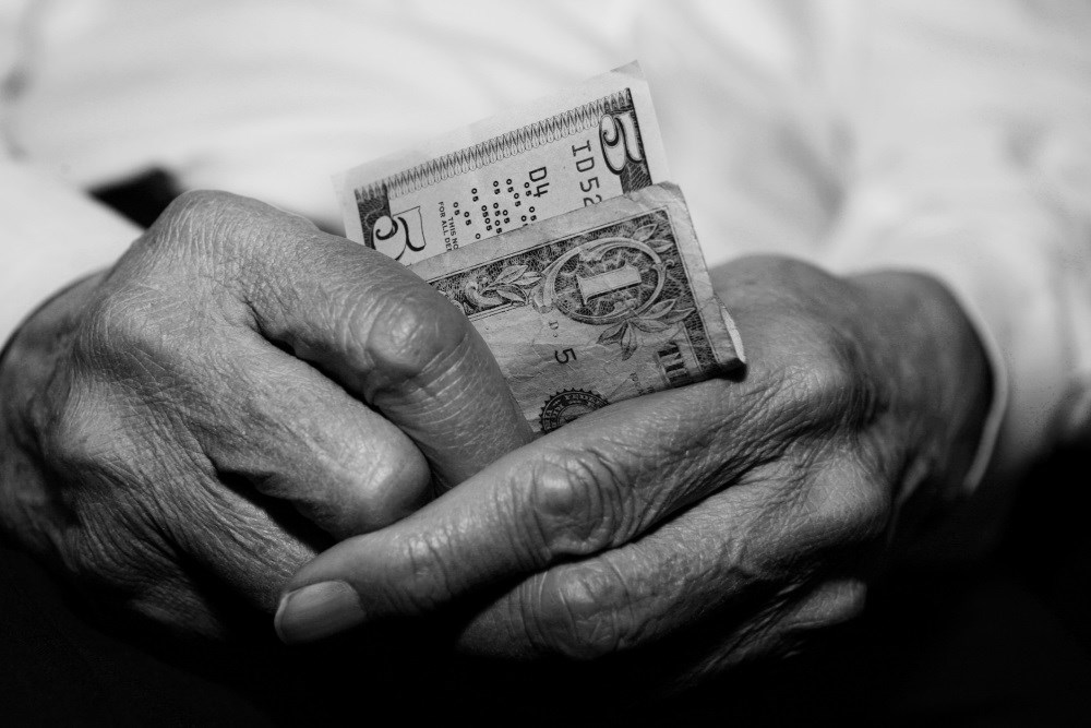 Brain Changes Encourage Chance of Financial Exploitation in Seniors