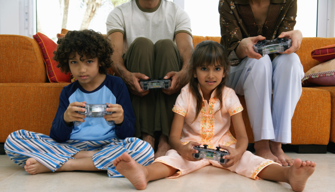 Movies, Video Games Geared to Kids May Increase ADHD