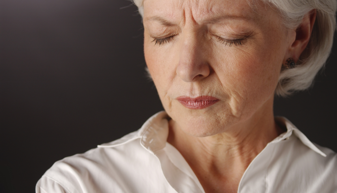 Venlafaxine May Benefit Older Patients With Depression, Chronic Pain
