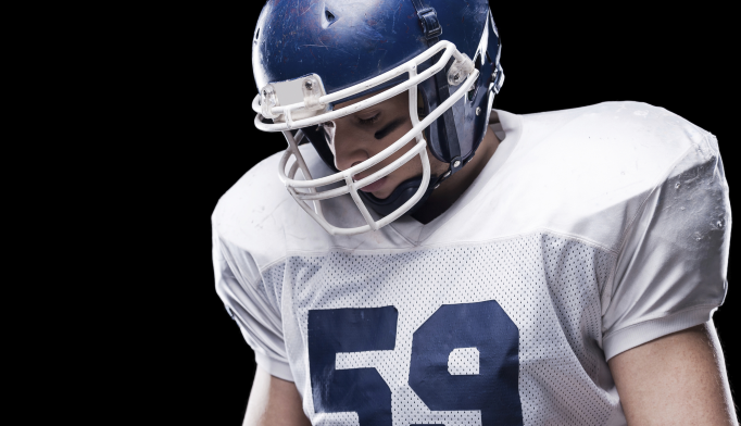Concussions in Former NFL Players Linked to Memory Loss