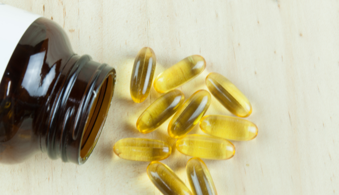 Doses of omega-3 polyunsaturated fatty acids higher than 1500 mg/day were effective in reducing depressive symptoms in older adults.