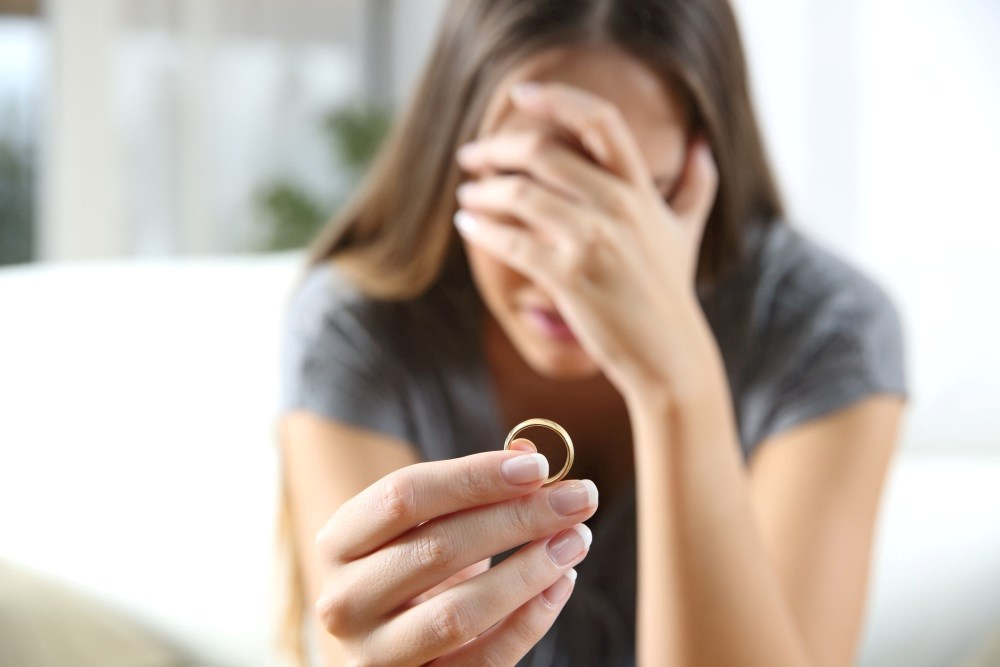 Spousal Suicide Linked to Higher Risk for Mental, Physical Problems