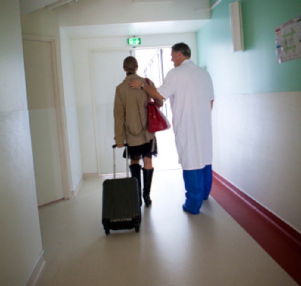 Clinicians should serve as a liaison between primary and secondary caregivers for patients recently discharged from inpatient psychiatric care.