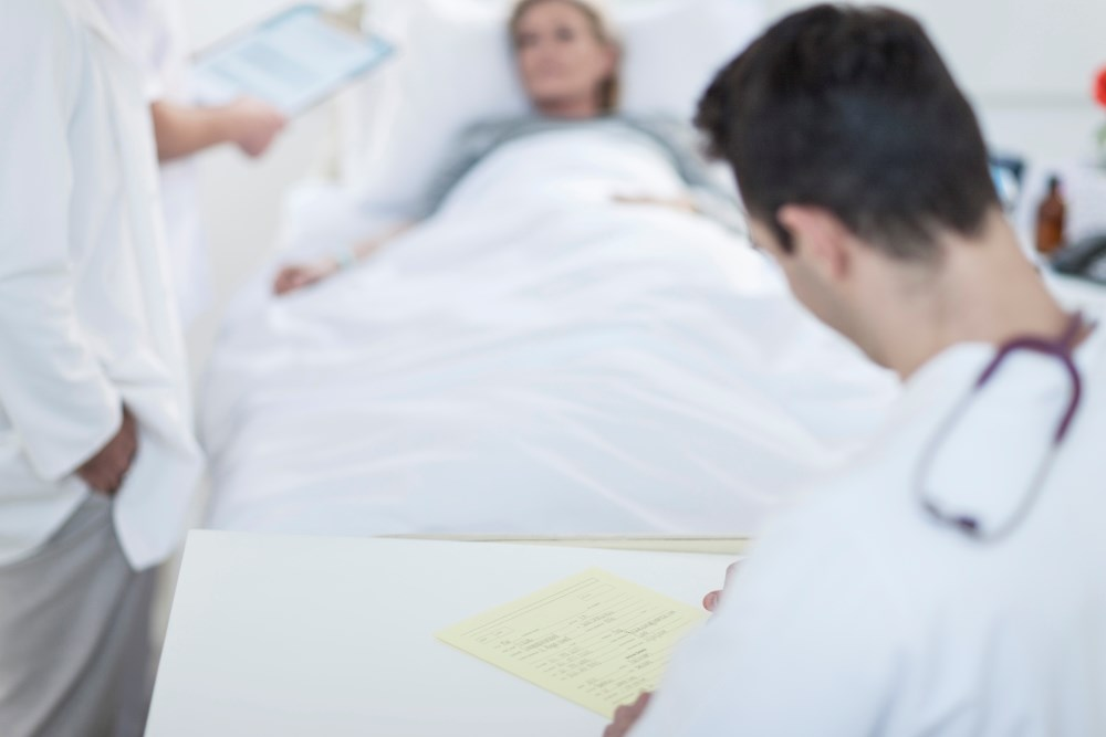 Opioid-related Hospitalizations Higher Among Female Than Male Patients