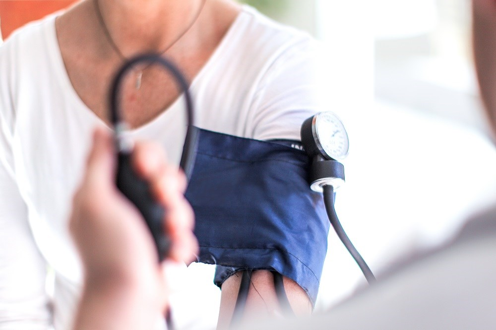 Systolic blood pressure ≥130 mm Hg at age 50, below the conventional ≥140 mm Hg threshold used to define hypertension, is associated with increased risk of dementia.