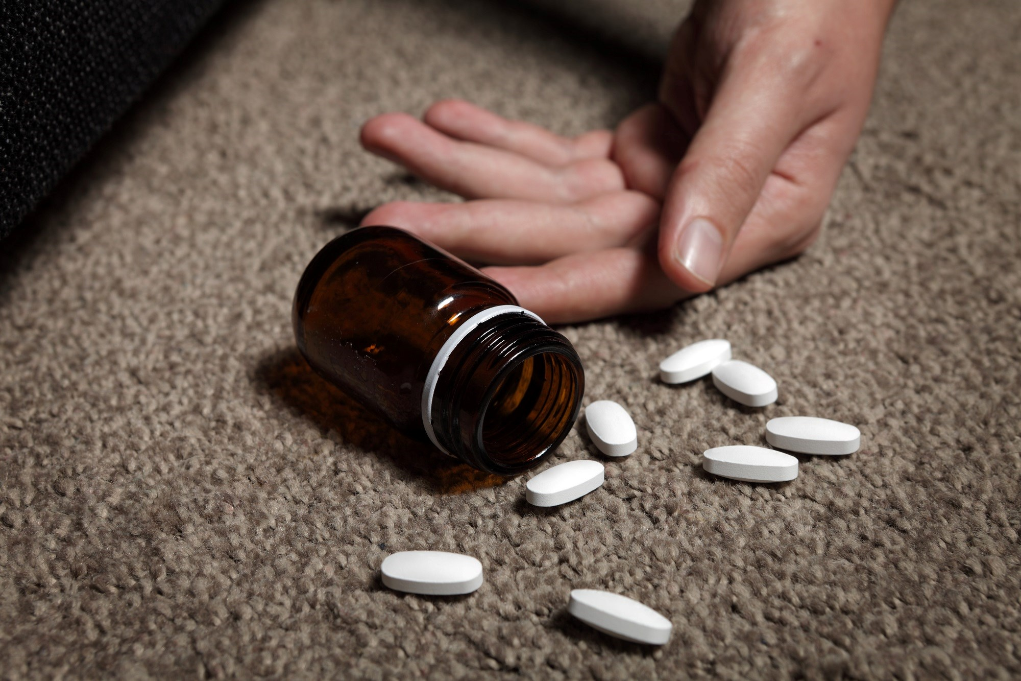 There is a marked excess of deaths among US adults who experience a nonfatal opioid overdose.