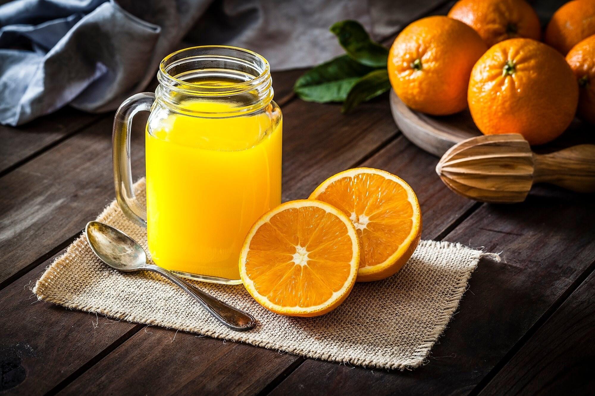 Fruits, Veggies, Orange Juice May Protect Men's Memory